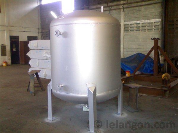TANK AND PRESSURE VESSEL | LELANGON | Crane Manufacture | Specialist ...